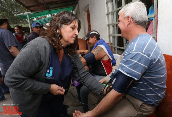 Estudiantes de la UNAJ realizaron controles de salud a m�s de 200 trabajadores de Berazategui