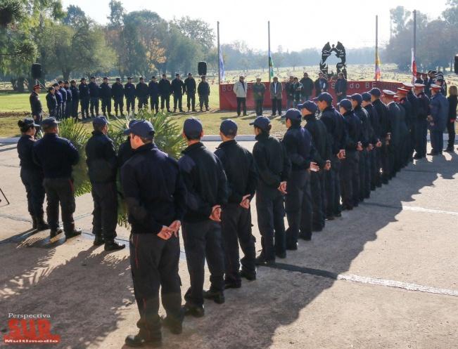Berazategui inauguró un monumento en homenaje a los bomberos voluntarios