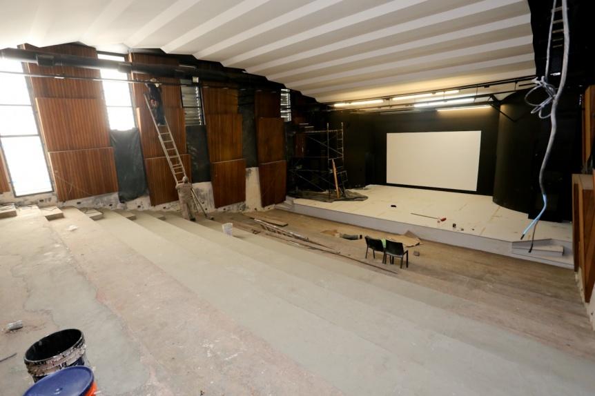 Avanzan las obras en el auditorio del Centro Cultural Rigolleau