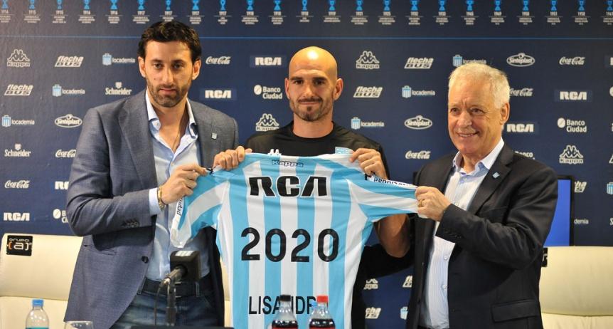 Lisandro L�pez renov� su contrato por una temporada m�s
