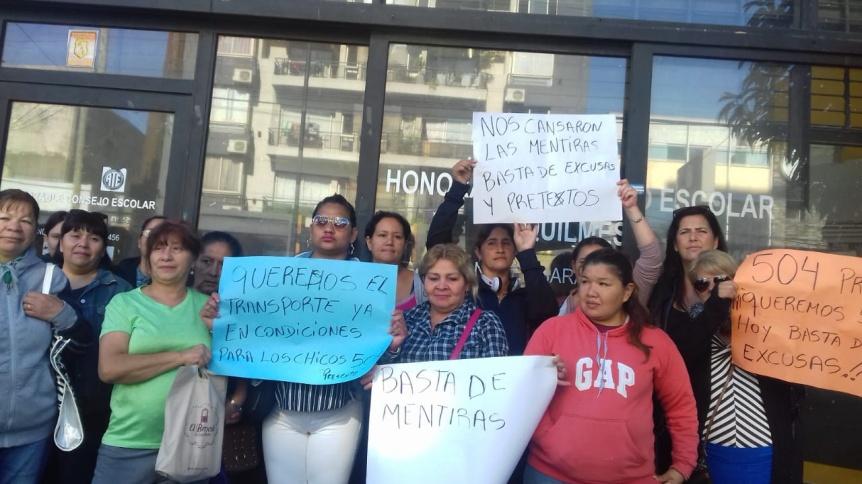 Reclamaron por micros para las escuelas especiales de Quilmes