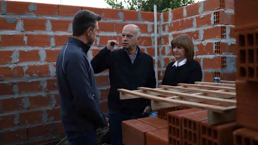 Grindetti y Bullrich visitaron una casa recuperada al narcotráfico