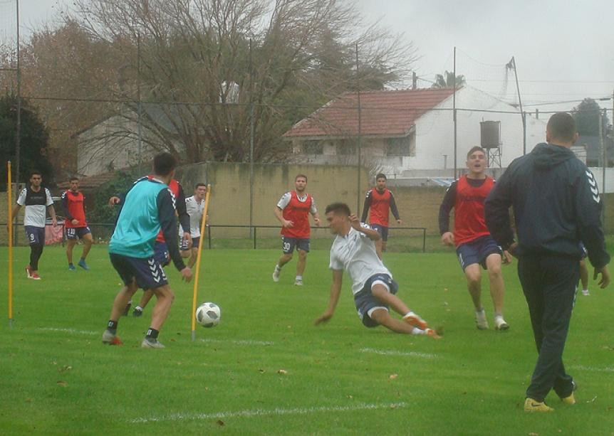 Quilmes empez� otra semana de pretemporada a la espera de novedades