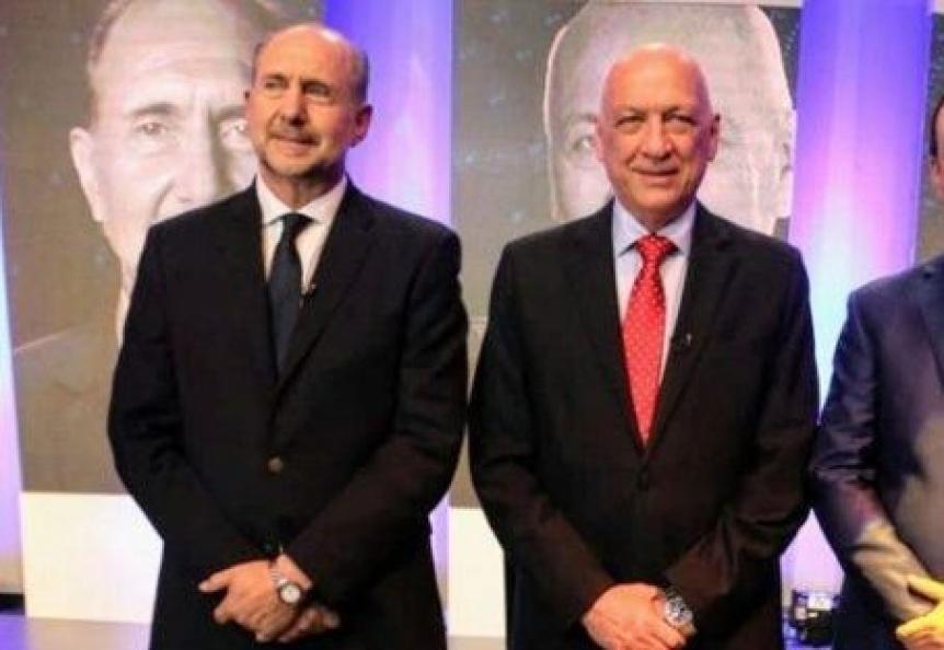Santa Fe: Bonfatti reconoció que ganó el peronista Omar Perotti