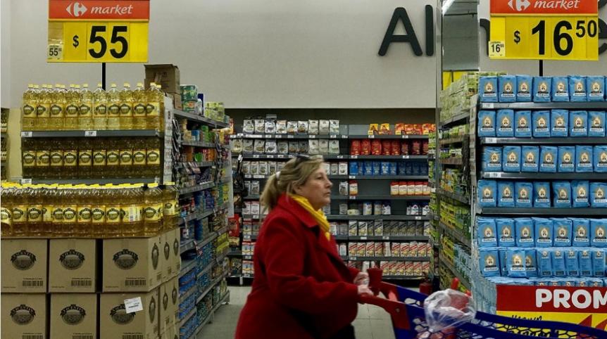 Las ventas en los supermercados y shoppings volvieron a caer en abril