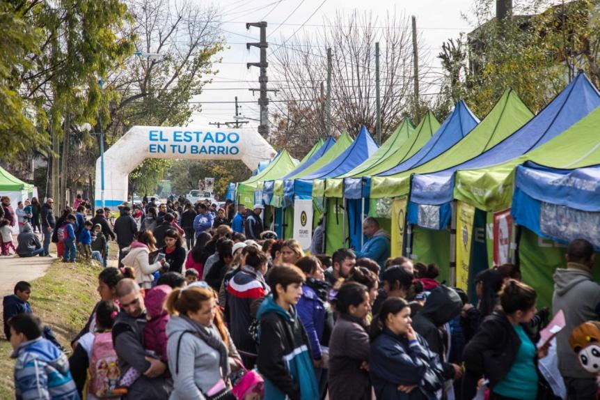 """En Quilmes se realizaron cerca de 30 mil trámites en los operativos de """"El Estado en Tu Barrio"""""""