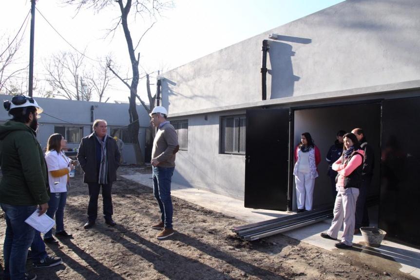 Molina recorrió la obra de remodelación del CAPS Cañada Gaete de la Red AMBA