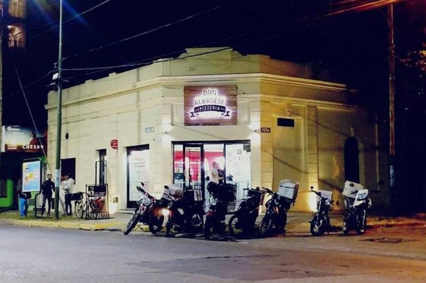 Banfield: entraron a robar a una pizzería y mataron a uno de los dueños