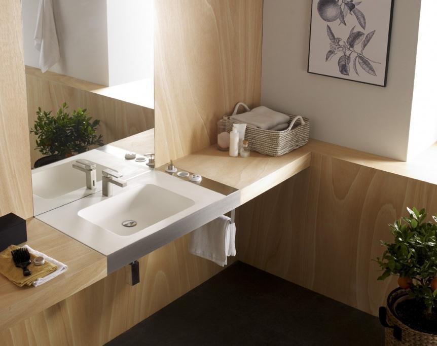 Razones por las que deberías poner madera en el baño