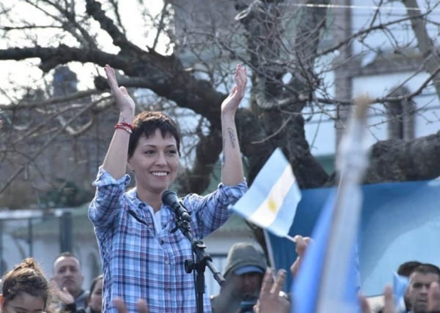En el Frente de Todos Quilmes, Mayra Mendoza se consagr� como la candidata a Intendente