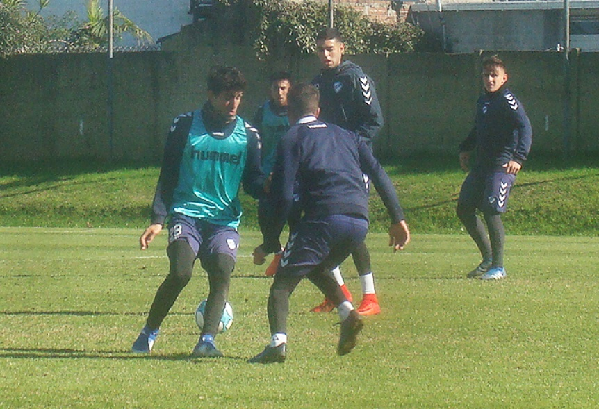Quilmes hizo tareas t�cnicas y hoy probar� equipo pensando en Tigre