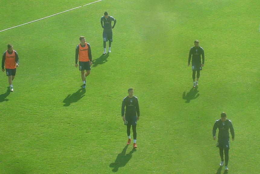 Quilmes hizo fútbol formal y el equipo volvió a tener a Zabala