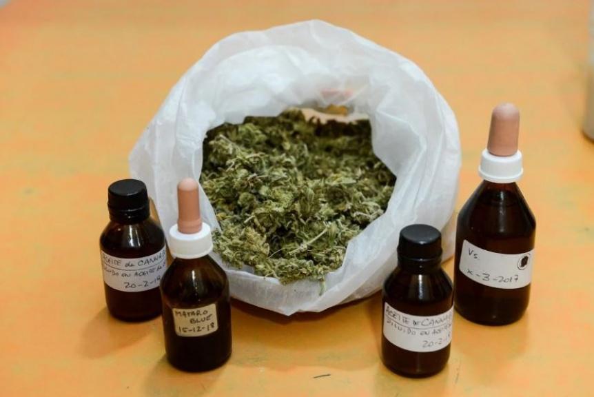 El Hospital El Cruce es el primero del pa�s en el que recetar�n aceite de cannabis a adultos