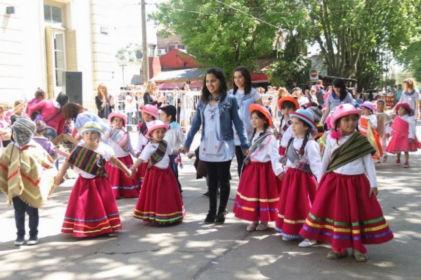 Los jardines municipales varelenses preparan su tradicional desfile anual