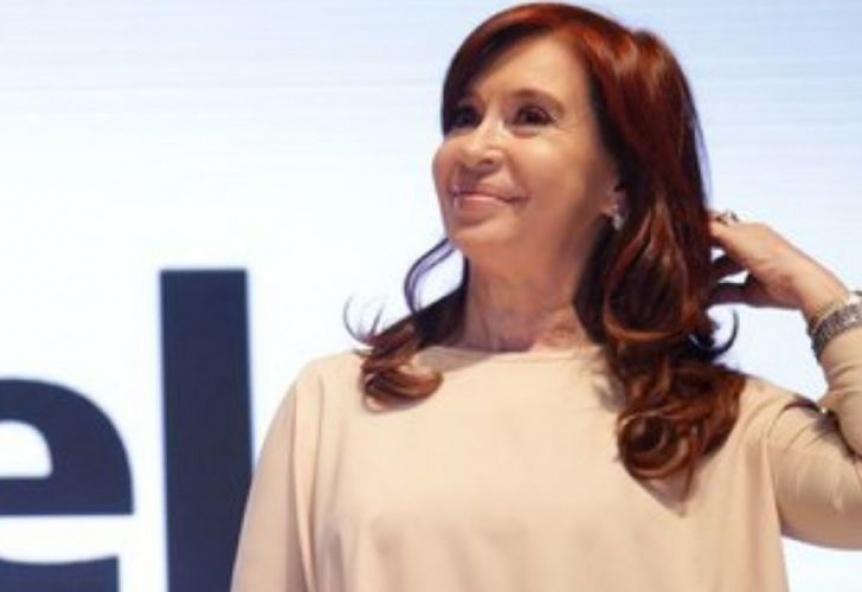 Cristina Kirchner viaja nuevamente a Cuba a ver a Florencia
