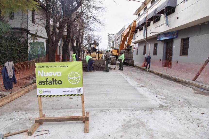 Molina implementa una intervenci�n integral en las calles de Quilmes