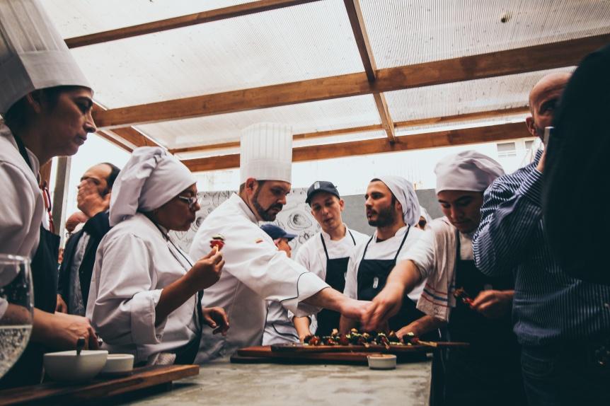 El Instituto Superior Mariano Moreno incorpor� a Grupo L y Cook Master como socios