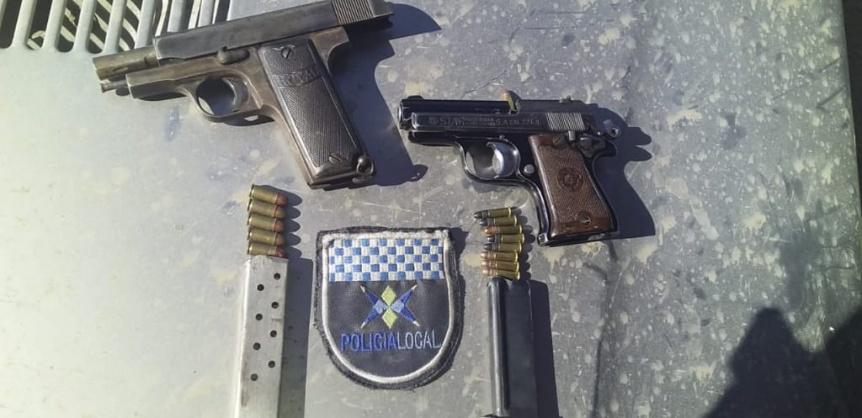 Delincuente armado detenido en un colectivo en Av. Otamendi