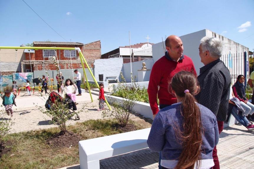 El intendente Molina inaugur� la puesta en valor de los accesos de Quilmes a la Autopista