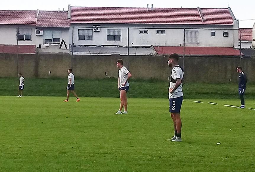 Quilmes volvió al trabajo con ejercicios técnicos en el campo auxiliar