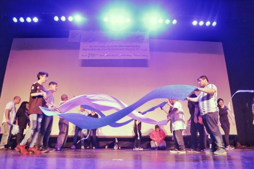 5º Jornada Artística de la Educación Especial en el Teatro Municipal de Quilmes