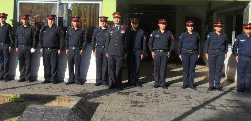 Cuarteleros buscan organizarse sindicalmente con ATE al frente