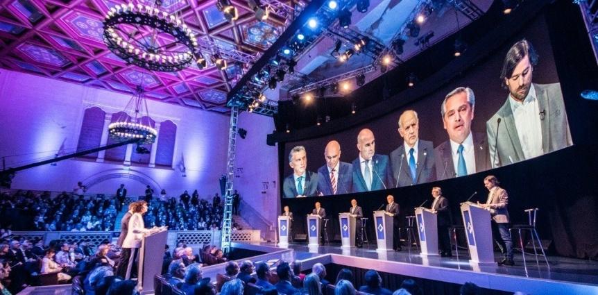 Macri y Alberto Fern�ndez se cruzaron en el primer debate presidencial