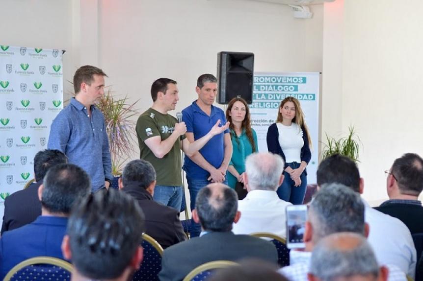 El intendente Watson visit� iglesias evang�licas de Florencio Varela
