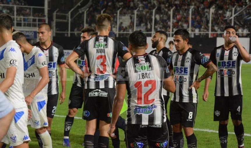 Vélez empató sin goles ante Central Córdoba (SE)