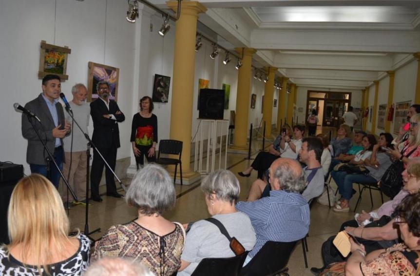 Inaugur� la �ltima muestra del a�o del Hall de las Artes de la UTN Avellaneda