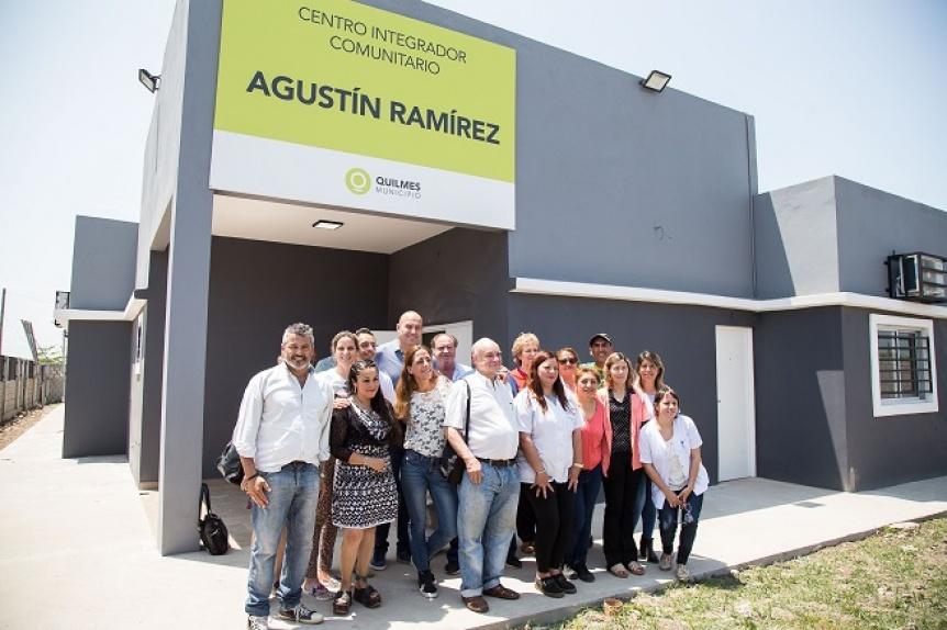 Molina recorri� la obra de ampliaci�n y puesta en valor del Centro de Salud CIC Agust�n Ram�rez