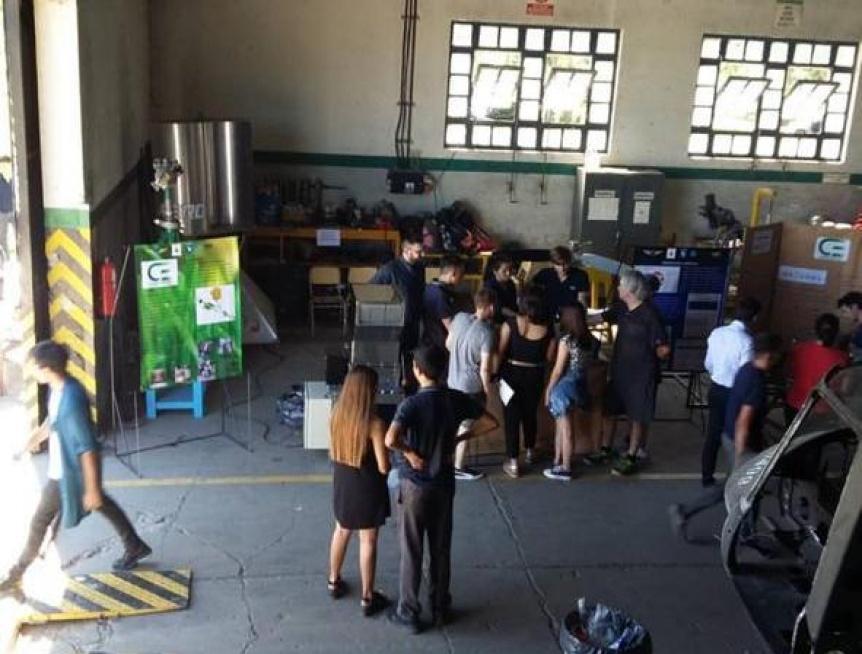 Exitosa muestra de proyectos de las escuelas técnicas de Quilmes