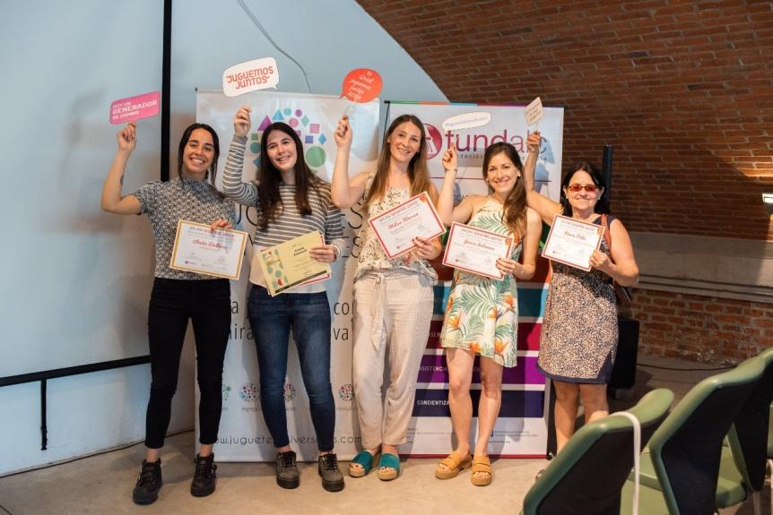 Una quilme�a gan� concurso de creaci�n de juguetes inclusivos