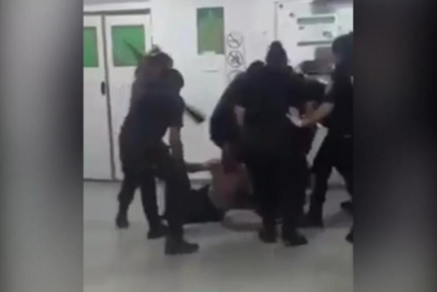 Batalla campal en el Hospital Mi pueblo: Desafectaron a una policía