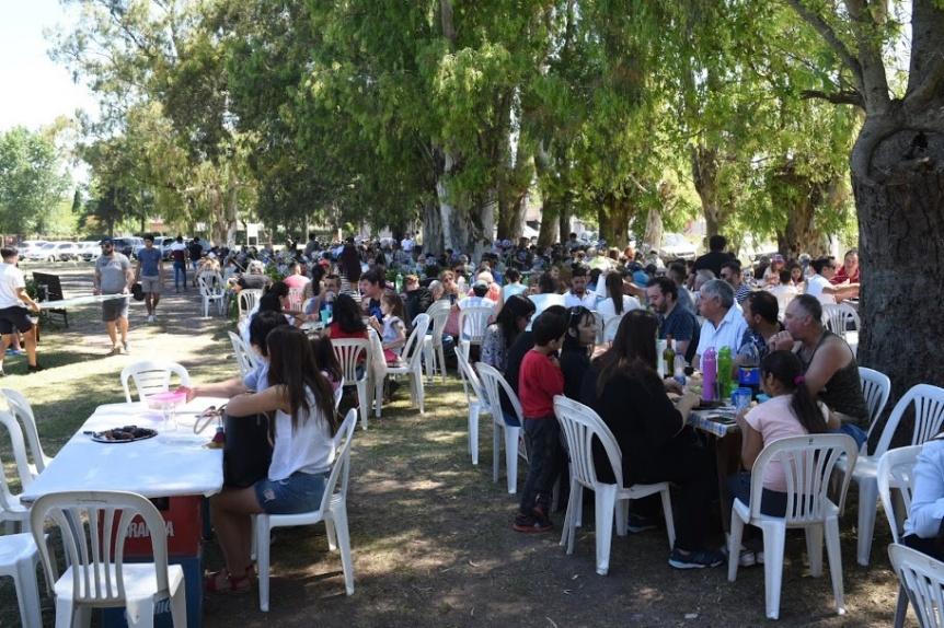 Almuerzo y cierre de año del Club Varela Junior