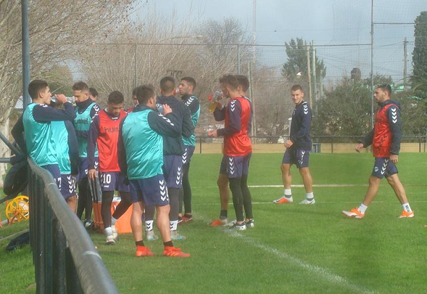 Quilmes trabaja en la salida de jugadores para acortar el plantel