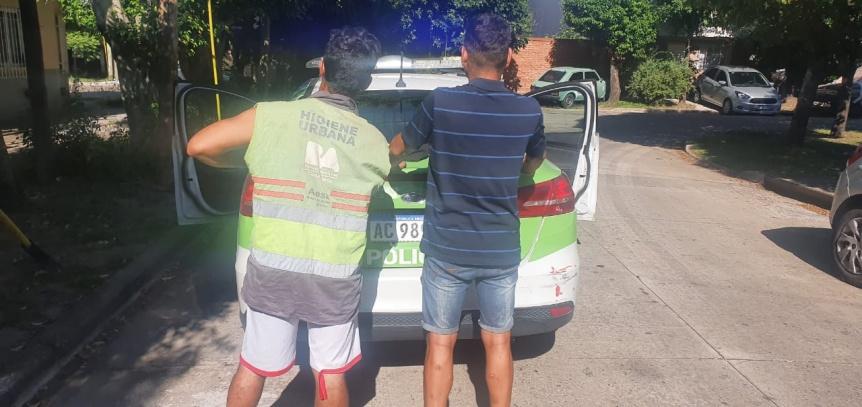 Altercado entre vecinos y vendedores de bolsas de residuos en Don Bosco
