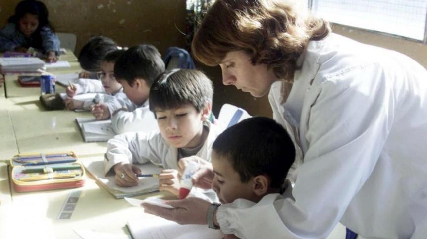 Provincia pagará el 12 de marzo el remanente de la paritaria docente 2019