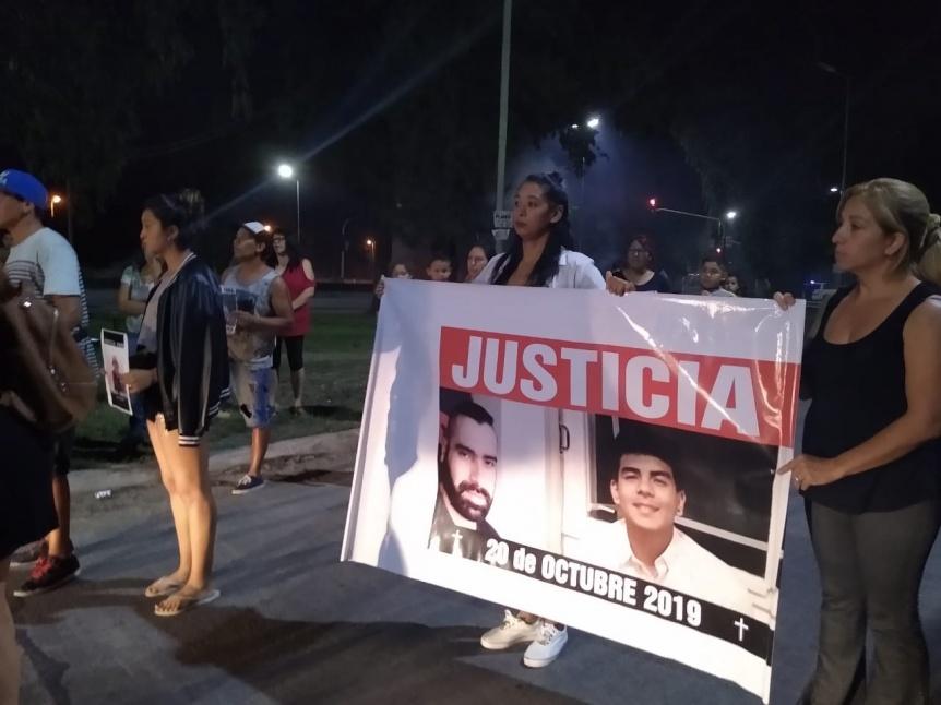 Marcha y pedido de justicia por Diego Ch�vez en Florencio Varela