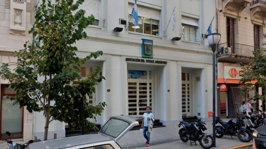 La AFA anunciar� que suspende el f�tbol en todas sus categor�as