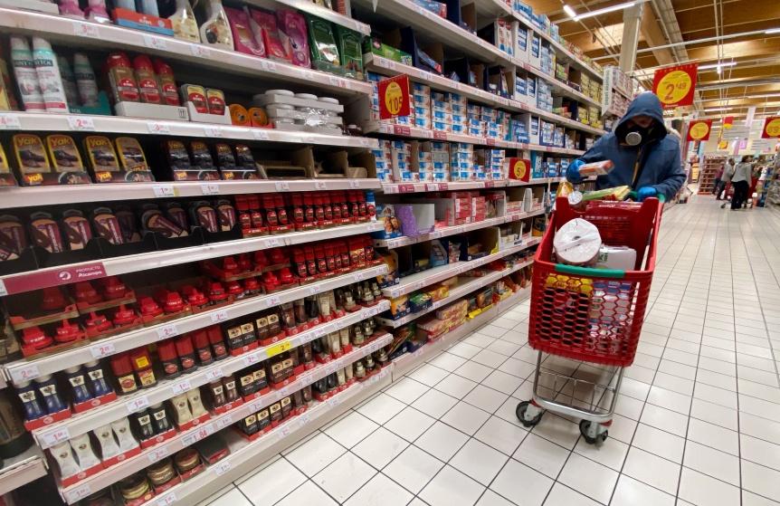 Desde hoy los supermercados estar�n abiertos de 7 a 20