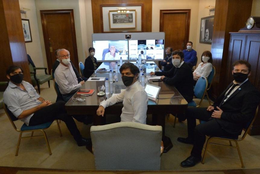 Kicillof encabez� un encuentro con el Comit� de Expertos de la Provincia