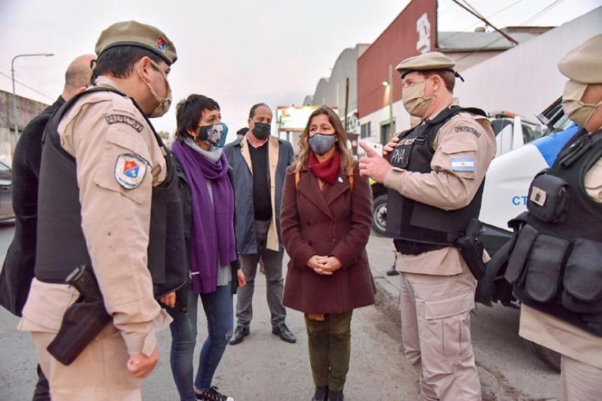 Mendoza analizó con ministra de Nación la seguridad en barrios vulnerables