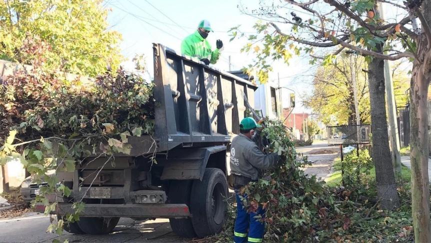 Quilmes: Trabajos de limpieza y mantenimiento integral de la ciudad