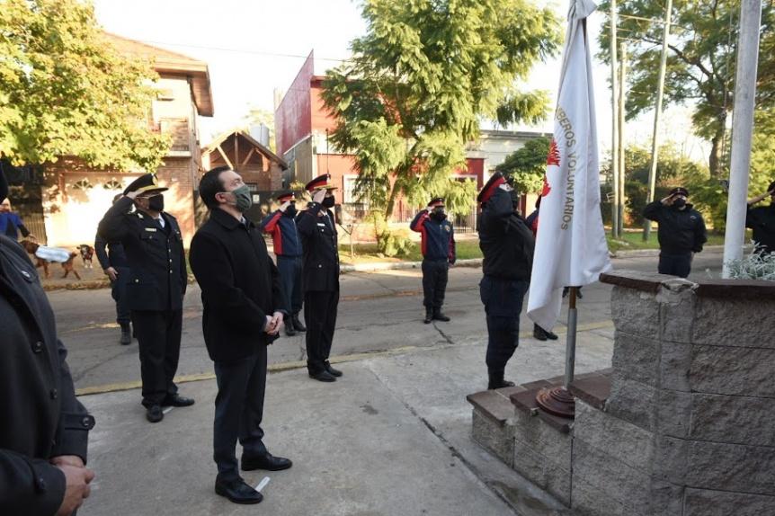 Varela conmemor� el D�a Nacional del Bombero Voluntario