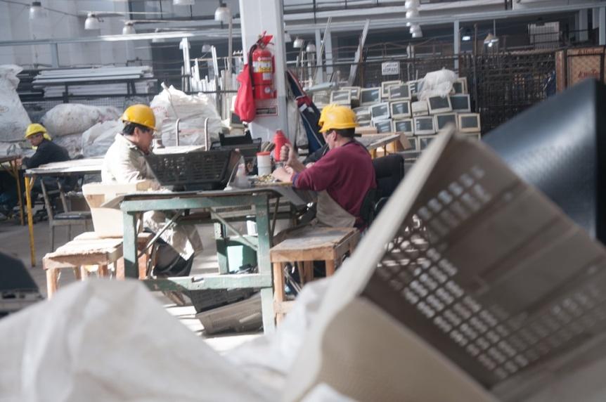 Ya suman diez las plantas de reciclado de tecnolog�a en desuso dentro de c�rceles