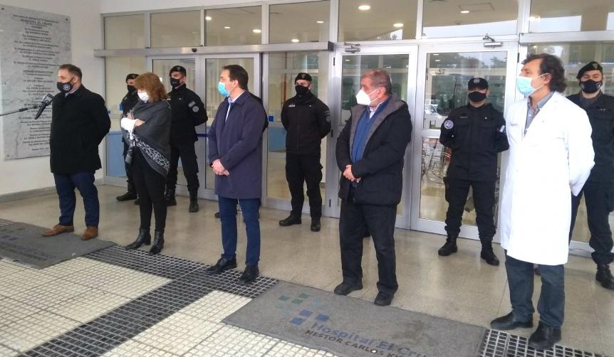 Polic�as aeroportuarios que se curaron de COVID donaron plasma en El Cruce