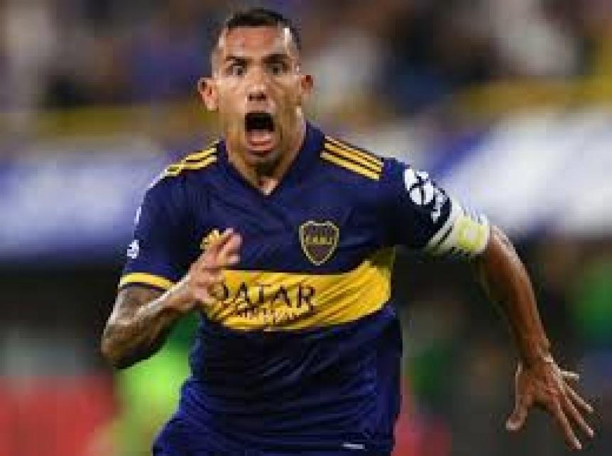 Tevez se volvió de Rosario y no jugará esta noche ante Newells