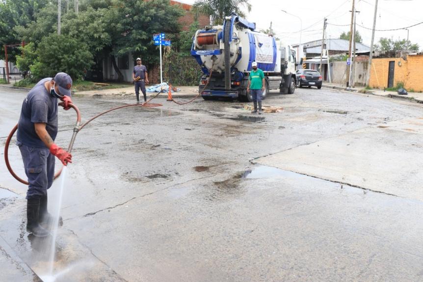 El Municipio de Lanús trabajó en la desobstrucción de  sumideros
