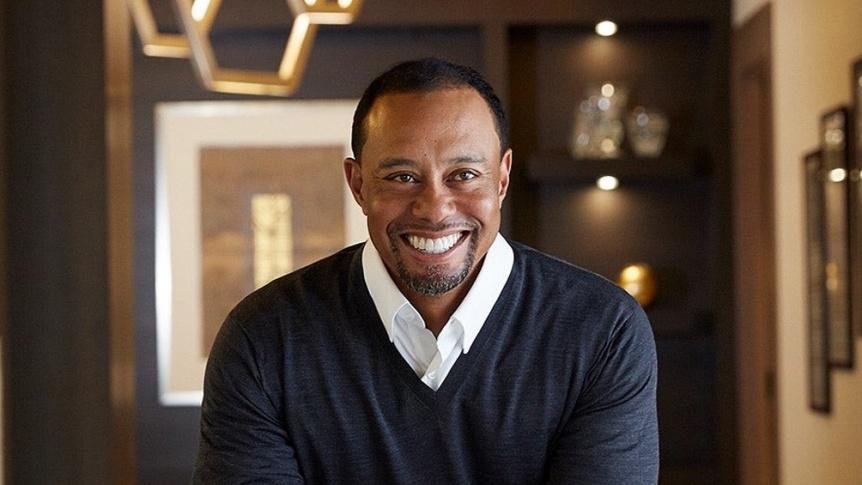 Tiger Woods volcó y sufrió graves fracturas en sus piernas